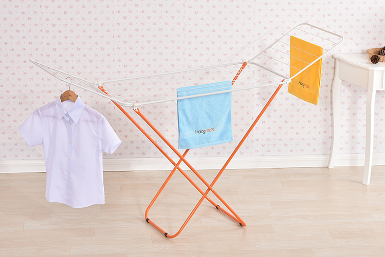 clothes-hanger-stand