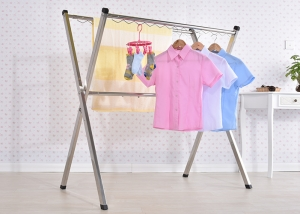 double-clothes-rail